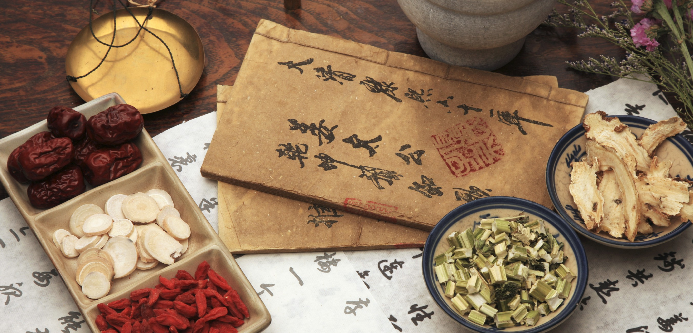 """traditional chinese medicine vs modern medicine on hypertension Traditional chinese medicine """"is seen as holistic, and when you take a certain kind of medicine you are told specifically what behavior to engage in,"""" she notes."""